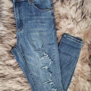 Super high-rise Bluenotes rip Jeans